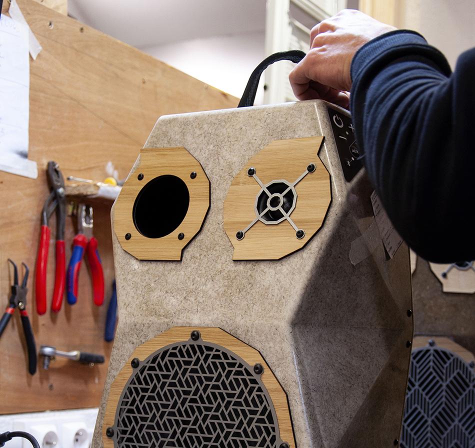 handmade-in-les-alpes-voodoo-boombox-enceinte-outdoor